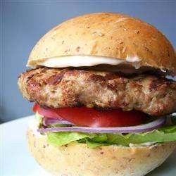 Actually Delicious Turkey Burgers   A simple and satisfying burger to reclaim your virtue after a weekend of indulgence.