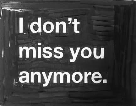 Gosto de não sentir a tua falta. Gosto de saber que - mesmo quando não estás - continuas a ser parte de mim. Gosto de não chegar a ter saudades tuas porque o tempo logo te traz. Gosto de te ter. Gosto que - mesmo quando por pouco tempo te ausentas - saber que voltas logo de seguida. Gosto de saber que continuas aqui. Que, mesmo na ausência, comigo permaneces. Gosto de não sentir a tua falta. Gosto de te ter. Gosto de não sentir a tua falta. Porque te tenho. Gosto. E gosto de te ter. Rita…