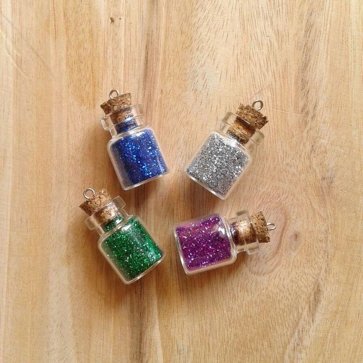 Glitter wishing bottle vial necklace