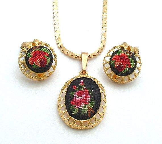 Vintage Embroidery Necklace Earring Jewelry Set by kiamichi7