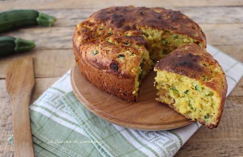 Pochi minuti per prepararla e subito in forno la Torta con zucchine, prosciutto e scamorza, una squisita idea per una buonissima cena