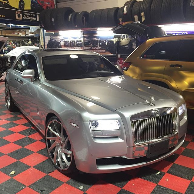 #RollsRoyceGhost Rolls-Royce Phantom Coupé, #RollsRoyce #RollsRoyceWraith #RollsRoyceDawn Rolls-Royce Holdings plc, Luxury vehicle, Forgiato Wheels - Follow #extremegentleman for more pics like this!