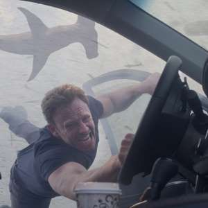 'Sharknado 4′ Announced: Director Anthony C. Ferrante Teases Details on Next Sequel  http://a.msn.com/r/2/AAdmeLn