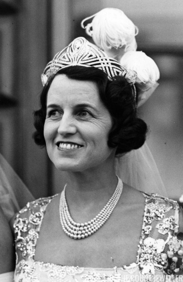 The Daily Diadem: The Bessborough Chaumet Tiara | The Court Jeweller