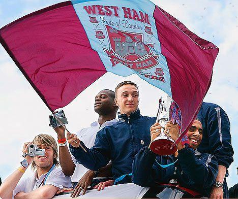 West Ham parade in 2005