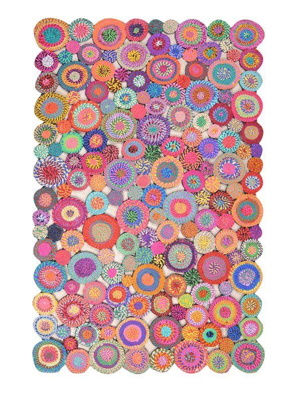 Dai più colore alla tua casa! Tappeto in tessuto multicolore in offerta su Rospetto.com! #tappeto #carpetdiem #bambootappeto #tappetointessuto #accessoriarredo #carpet #color #colorful #cotone