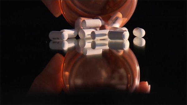Nederlandse experts willen ons doen geloven dat 650.000 volwassenen in Nederland aan ADHD lijden en zo snel mogelijk aan de pillen moeten. Maar hoe komen...