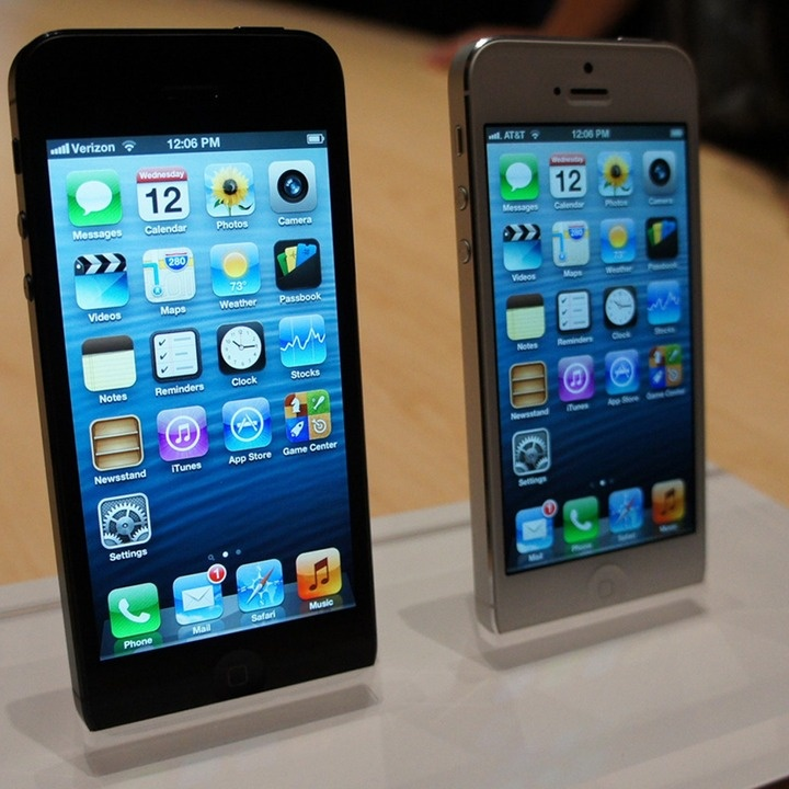 Which Carrier Has the Best iPhone Plan? (Click to find out!)