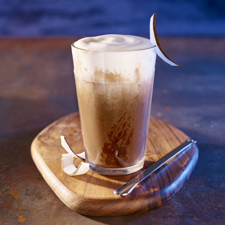 Cheers to the weekend! Celebrate #WorldChocolateDay with this Iced Coco Choco. #NespressoRecipe #RecipeOfTheDay #CoffeeLover #CoffeeTime #Chocolate  INGREDIENTS ▪ 1 Fortissio Lungo Grand Cru ▪ 2 scoops coconut & chocolate ice cream ▪ 20 ml coconut syrup ▪ 100 ml milk  MATERIALS ▪ 1 Aeroccino ▪ 1 shaker  PREPARATION  Place two scoops of Mövenpick coconut & chocolate ice cream in a shaker, add the Fortissio Lungo Grand Cru, shake, then pour into the glass. Add the milk and syrup to the…