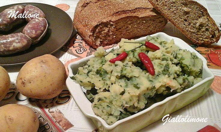 In origine il mallone veniva preparato con un misto di erbe selvatiche di montagna, la versione che vi propongo io è composta dalle foglie delle cime di rapa