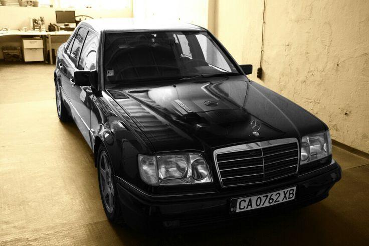 Mercedes E60 restored by Carbon Motors