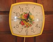 Wall Clock, Ingraham by Toastmaster, Inc, Yellow plastic electric clock, Very good working order, Vintage