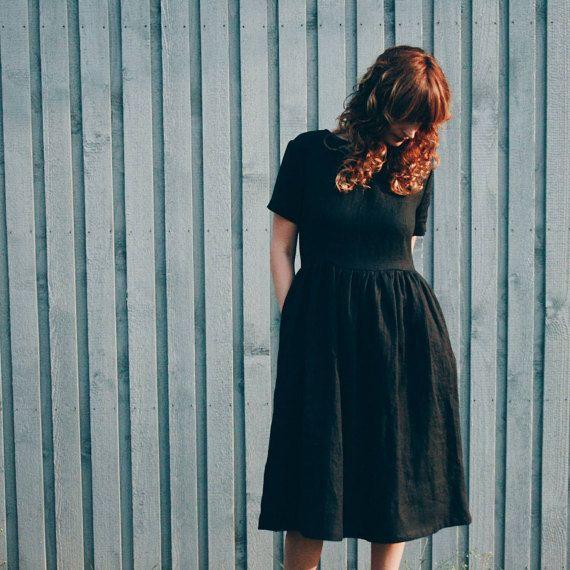 Schwarzen Leinenkleid - kurzen Ärmeln Kleid - lose Dress - hohe Taille Kleid - handgemacht von OFFON