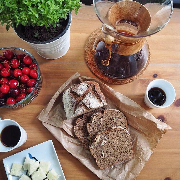 Balkon sefası #sonmastori #home #istanbul #chemex #coffee #food #guatemala #bread #bröd #ekmek #gastronomie #table #gastropost http://ift.tt/1U25kLY