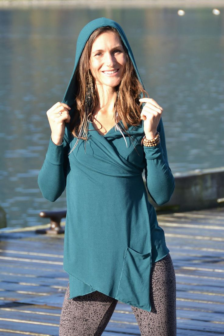 Anona Wrap Hoodie is super comfortable and drapes nicely over your body. Made out of #bamboo and #organiccotton it is completely sustainable.