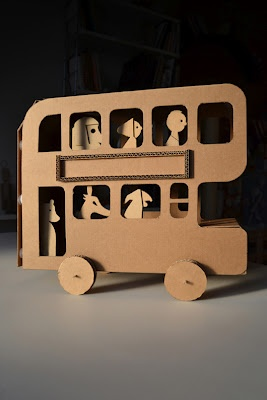 Amazing - cardboard bus and characters by Milimbo
