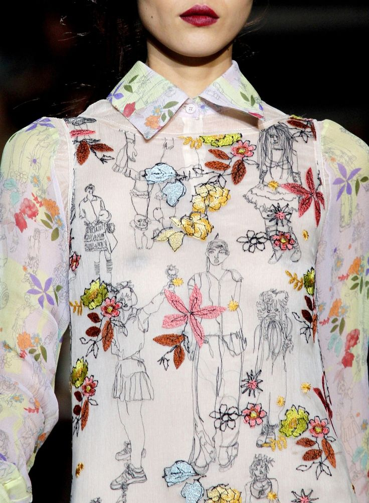 Freehand machine embroidery? Or hand sewn illustrations? Learn how to embroider to fashion industry standard from experts who work for Chanel, Louis Vuitton and more at https://www.mastered.com/course-listings/3