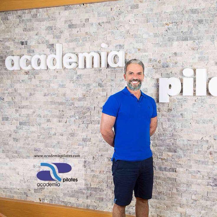 Master Trainer Uğur Karaoğlu, size en iyi Pilates tecrübesi için, Academia Pilates'in kapılarını açıyor. Ücretsiz Demo Ders Talebiniz için lütfen bize info@academiapilates.com adresinden ulaşın.