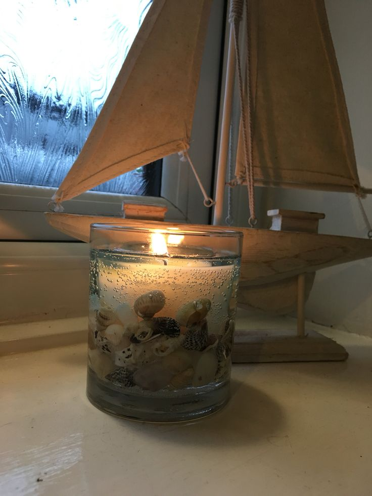 Ocean Stoneglow candle. Smells lush, and looks amazing! Available from Magpies Nest Stalybridge.