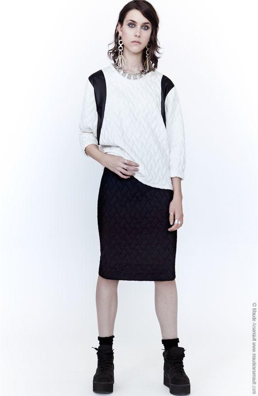 Get the Royal skirt on our eshop at www.evegravel.com/boutique/ // Procurez-vous notre jupe Royal sur notre boutique en ligne !  #ootd #fashion #women #clothing