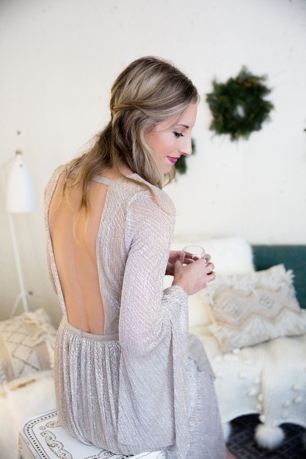new year's eve dresses 2016, NYE dresses, new years dresses, sparkly dress, shimmer dress, urban outfitters dress, party dresses, going out dresses, new years 2016, holiday makeup, wedding, home decor, photography by Andrea Posadas of Amanda Holstein for Advicefroma20Something.com