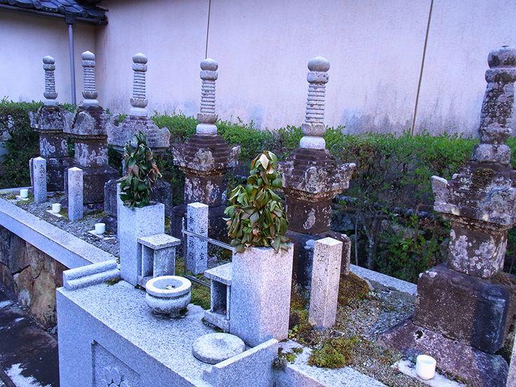 妙心寺寿聖院にある石田三成のお墓