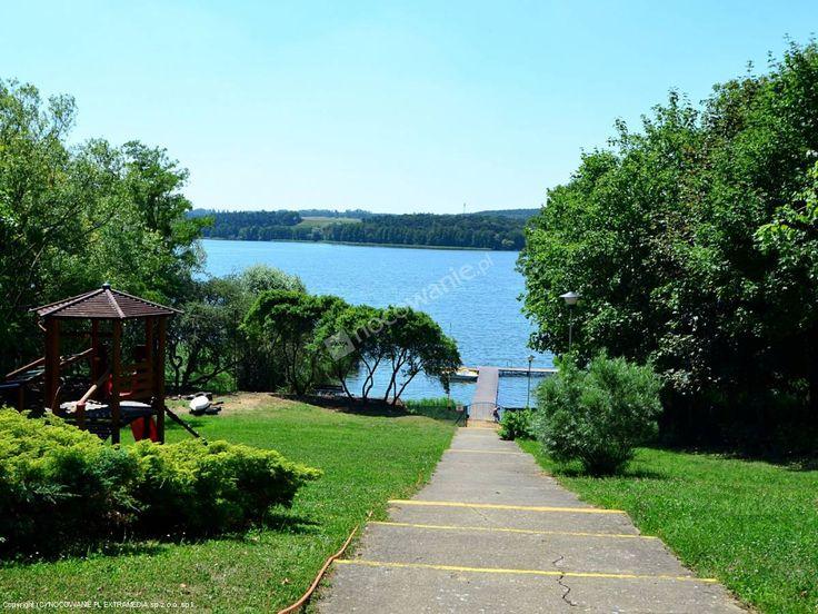 Ośrodek Wypoczynkowy Sielawa oferuje bezpośredni dostęp do jeziora Chrzypskiego. Więcej informacji na: http://www.nocowanie.pl/noclegi/sierakow/os__wypoczynkowe/140004/