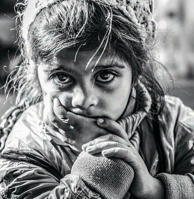 #sempretreottobre sempre #Syria nemmeno una preghiera aiuta il mondo se non s'inchina all'innocenza di visi bianchi. https://www.instagram.com/p/BK-XWZQANSR/