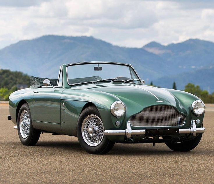 1958 Aston Martin. 💯 #AstonMartinclassiccars