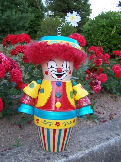 Le clown culbuto au mille et une couleurs