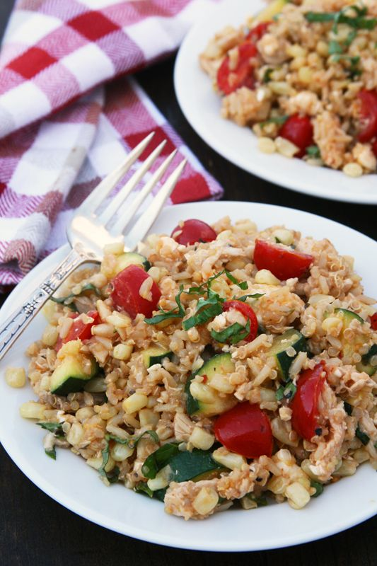Hodgson Mill Recipe Blog | Mediterranean Quinoa & Brown Rice Skillet - This flavorful, satisfying bowl of chicken, zucchini, sweet corn, tomatoes and feta, with fluffy Mediterranean Quinoa & Brown Rice can be ready in a hurry. #quickmeal #quinoa #glutenfree #HodgsonMill #yum