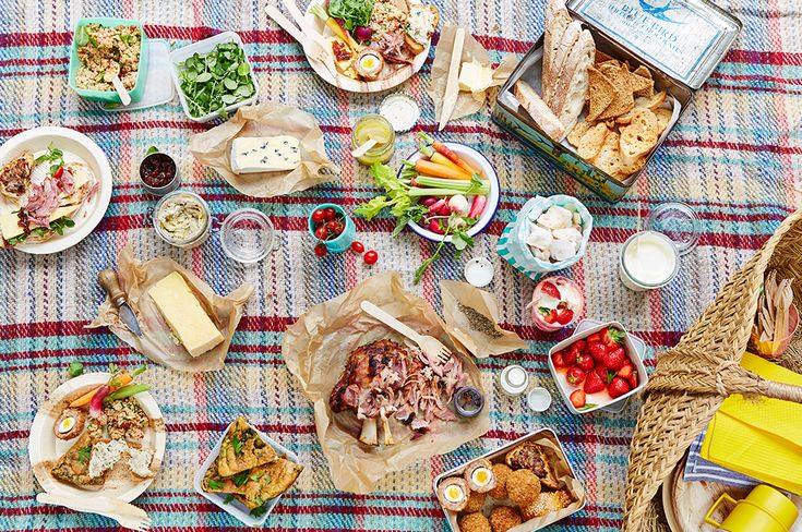 Jamie Oliver's Food Tube brings you the best in picnic meals. #Food #DitchTV