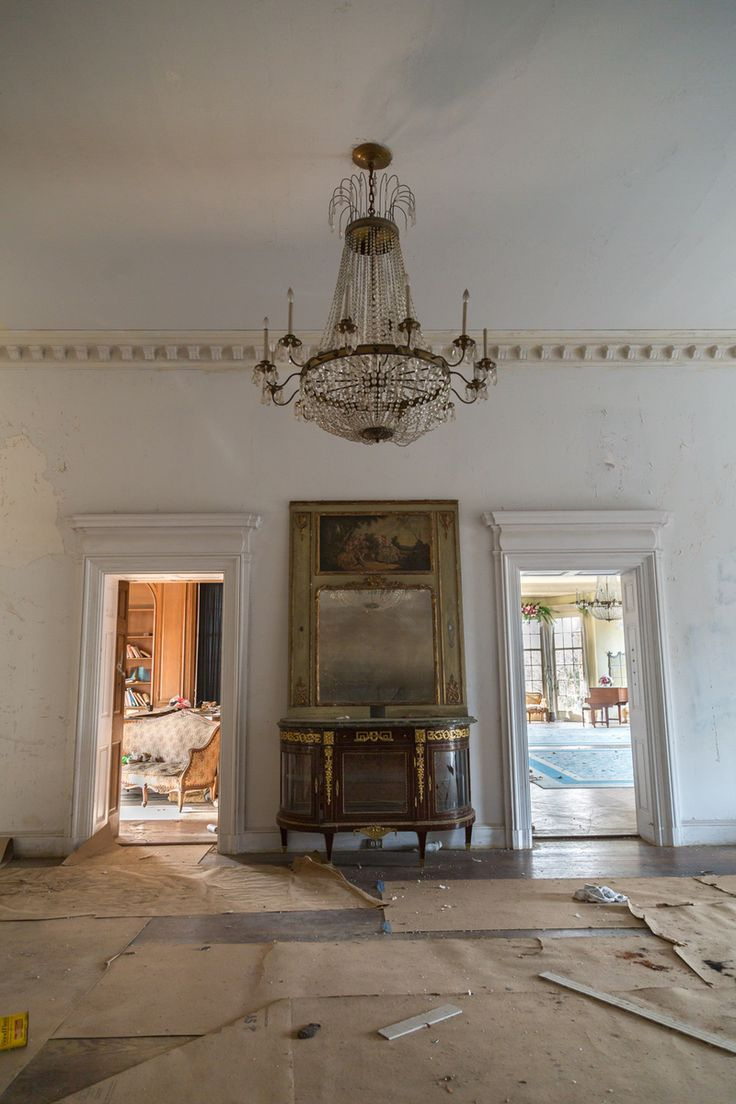 Exploring an Abandoned New York Mansion with a Secret Past | Atlas Obscura