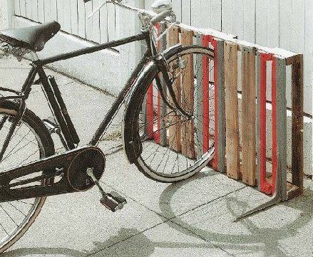 wood palette bike rack... for inside our house. ;)