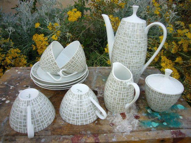17 best glas images on pinterest dish sets glass and antique glass. Black Bedroom Furniture Sets. Home Design Ideas