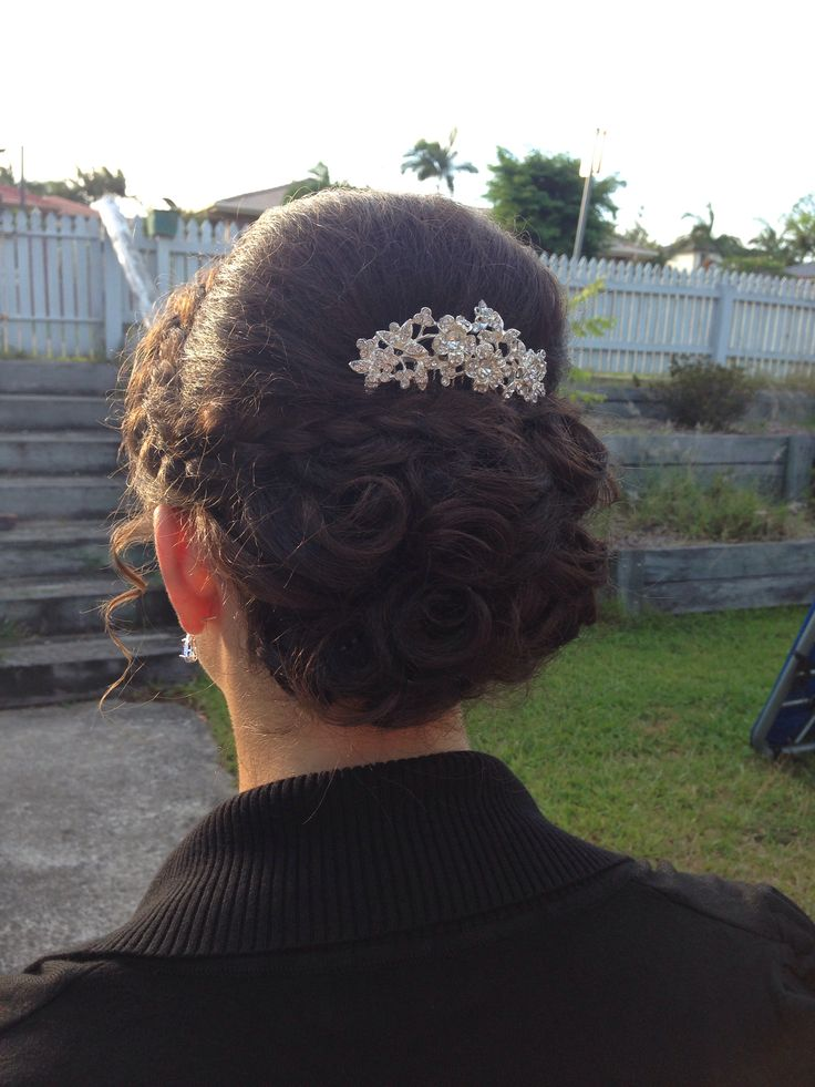 Formal braided up style