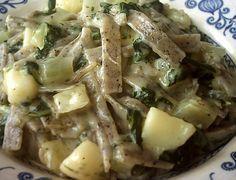 I pizzoccheri alla valtellinese si preparano con patate bollite a cui andremo ad aggiungere verza a listarelle e verdure a pezzi. Dopo aver aggiunto ...