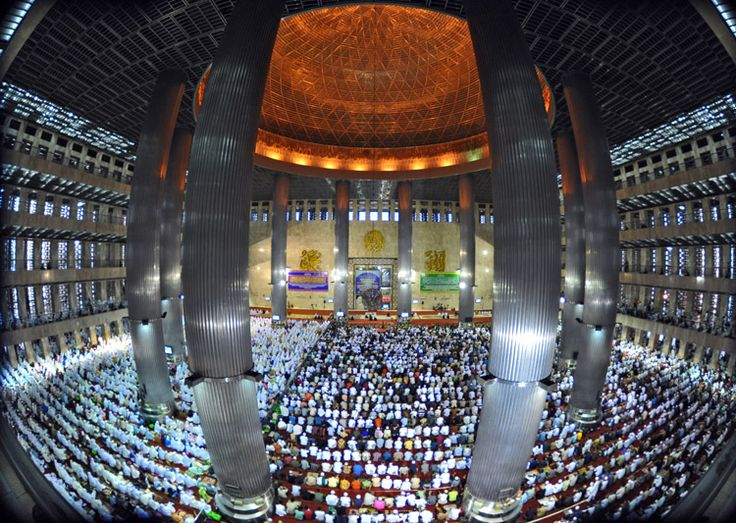Istiqlal Mosque, Jakarta, Indonesia  inside istiqlal by nooreva