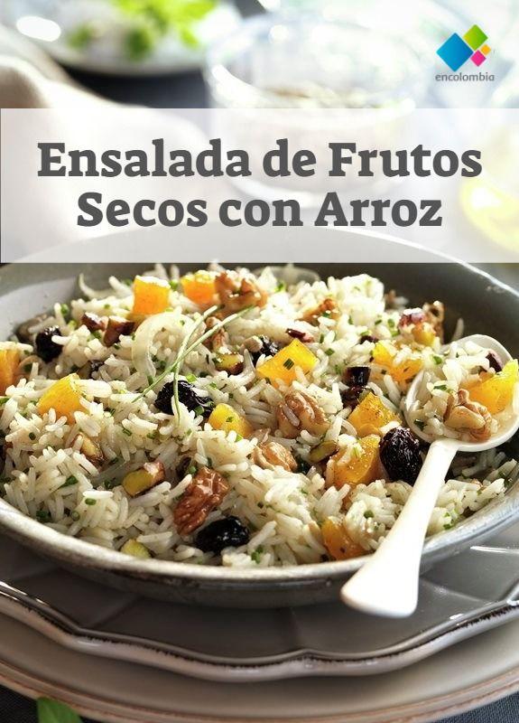 ensalada de arroz con frutos secos y frutas