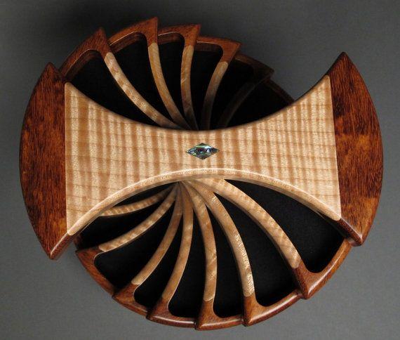 Rotierende Schmuck-Box Versteckte Fächer Granadillo von watswood