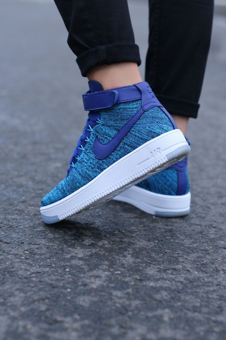 Nike Air Force 1 Flyknit Womens