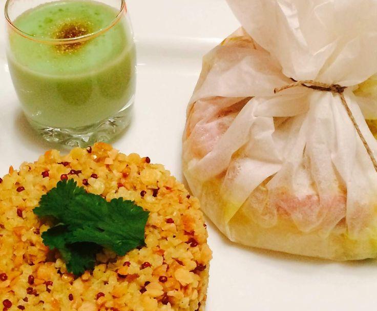 Papillotes de cabillaud lardé, pommes, poireaux, miel et curry sauce poireaux-coco et céréales gourmandes.