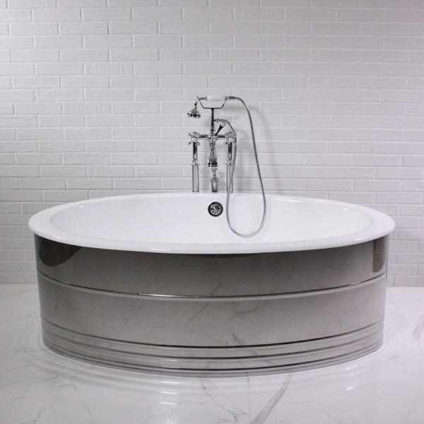 u0027the 65u2033 oval cast iron tub with mirror polished aluminum skirt