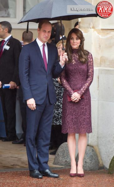 Principe William, Kate Middleton - Londra - 21-10-2015 - Chi lo indossa meglio…