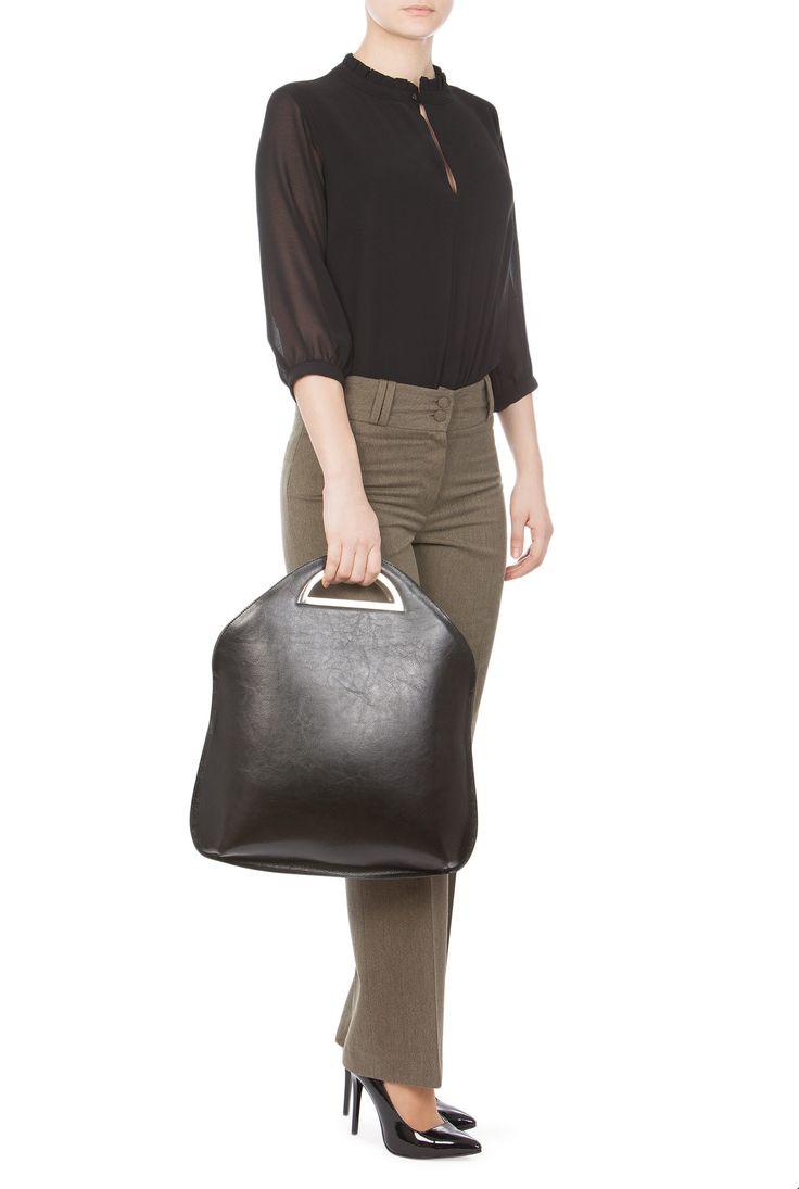 Geanta neagra din piele naturala model VIOLETAMANER de la Ama Fashion