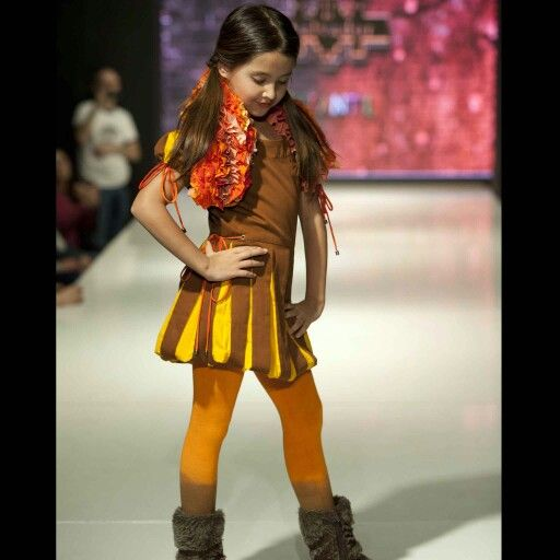 Chile Fashion Kids Catwalk. Manuel Salvador