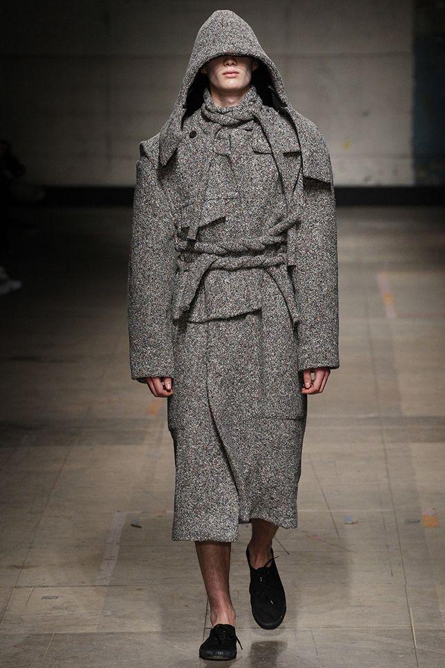 С его плеча: лучшие пальто Недели мужской моды в Лондоне   Мода   Тенденции   VOGUE