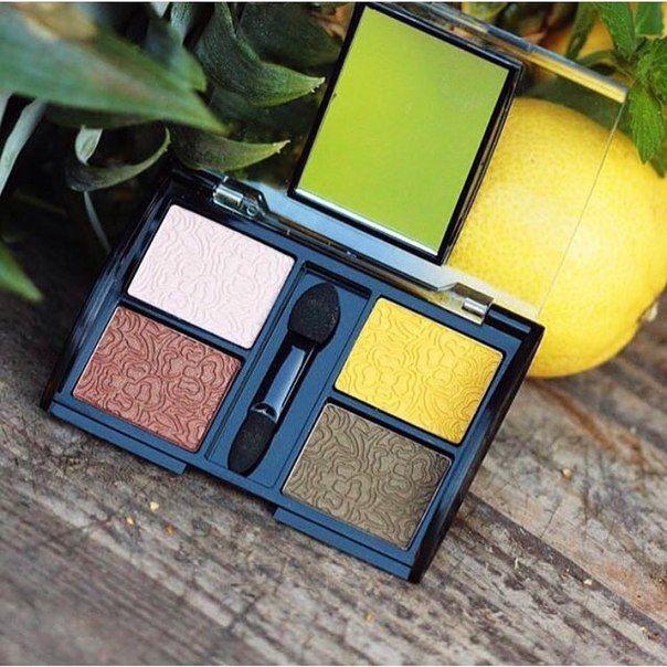 Тени для век Quattro от Dermacol  Яркие, модные тени для осеннего макияжа! Отлично растушевываются, придают свежесть глазам благодаря светоотражающим частицам.