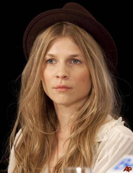clemence-poesyBeautiful Cosmetics, Clemence Poesy, Http Freemakeupsamples4U Com, Free Makeup, Makeup Beautiful, Makeup Samples, Hair Accessories, Freemakeupsampl Makeup, Poesy Pictures