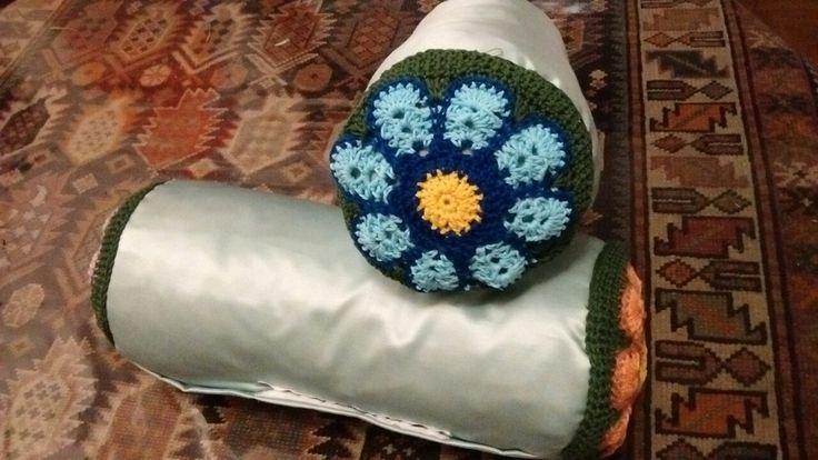 skiss*skiss flower pillows